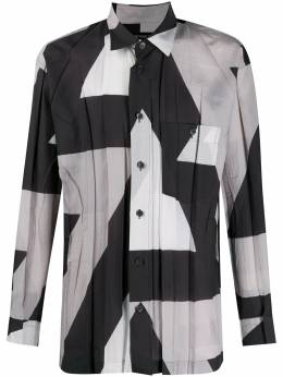 Issey Miyake Men плиссированная рубашка с абстрактным принтом ME08FJ048