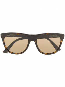 Gucci Eyewear cat-eye sunglasses GG0266S002