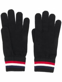 Moncler logo patch gloves F20913A70100A9575