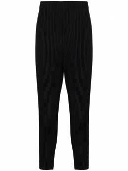 Homme Plisse Issey Miyake tapered leg Plissé trousers HP08JF103