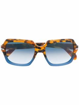 Persol солнцезащитные очки в оправе черепаховой расцветки PO0581S