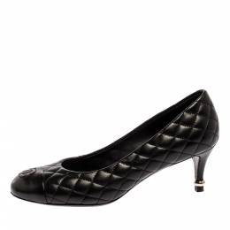 Chanel Black Quilted Leather CC Pumps Size 37.5 331386