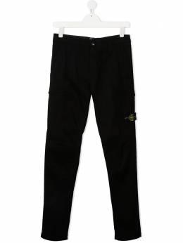 Stone Island Junior брюки с нашивкой-логотипом 731630814