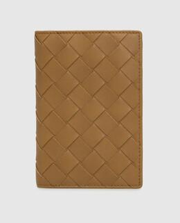 Горчичная кожаная обложка для паспорта Bottega Veneta 2300006272349