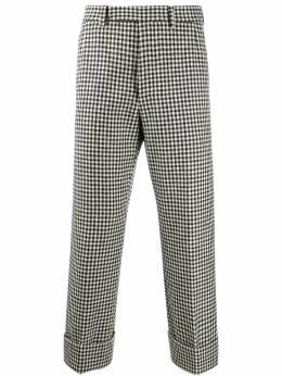 Thom Browne укороченные брюки в ломаную клетку MTC413A06842