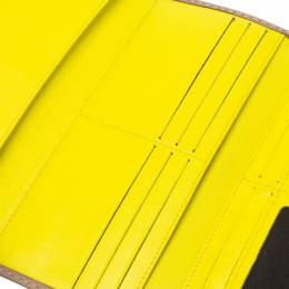 Carolina Herrera Beige Leather Tassel Continental Trifold Wallet 351963