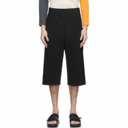 Homme Plisse Issey Miyake Black Pleated Long MC August Shorts HP08JF113