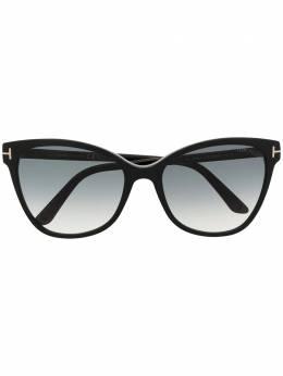 Tom Ford Eyewear солнцезащитные очки в оправе 'кошачий глаз' FT0844S