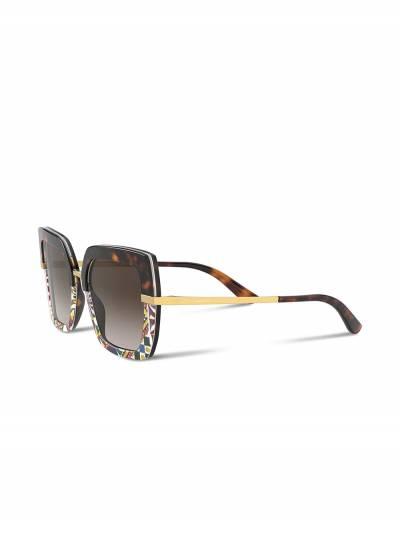 Dolce&Gabbana Eyewear солнцезащитные очки в квадратной оправе с принтом VG437BVP813 - 2