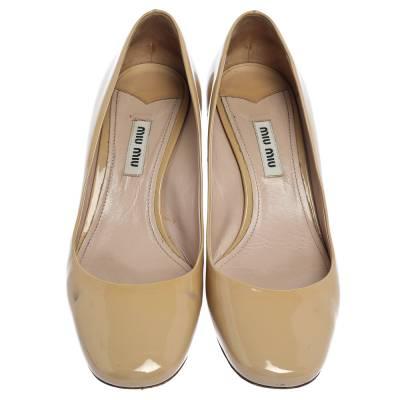 Miu Miu Beige Patent Leather Crystal Embellished Block Heel Pumps Size 37.5 357799 - 2