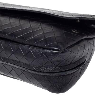 Bottega Veneta Black Intrecciato Leather Flap Zip Detail Crossbody Bag 360028 - 9