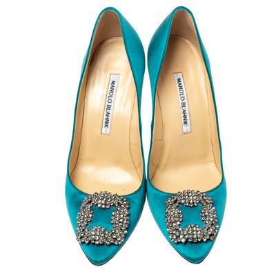 Manolo Blahnik Teal Blue Satin Hangisi Crystal Embellished Pointed Toe Pumps Size 38 360416 - 2