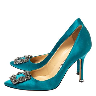 Manolo Blahnik Teal Blue Satin Hangisi Crystal Embellished Pointed Toe Pumps Size 38 360416 - 3
