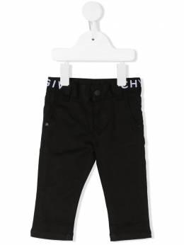 Givenchy Kids джинсы с логотипом H0407109B