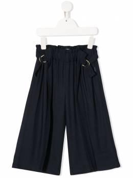 Chloe Kids брюки со складками и пряжками C14616849