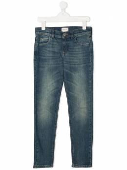 Gucci Kids джинсы скинни с эффектом потертости 550724XDBCO