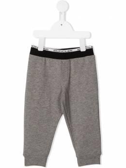 Moncler Enfant спортивные брюки с нашивкой-логотипом F29518H7082080996