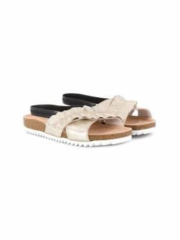 Andorine сандалии с перекрестными ремешками и сборками ADS1944A