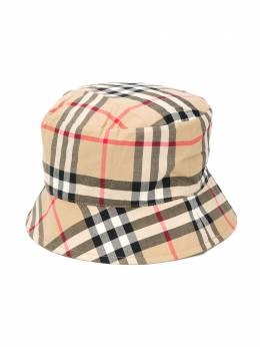 Burberry Kids шляпа в клетку 8033737