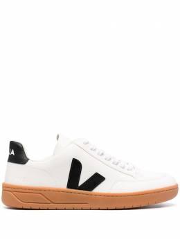Veja кроссовки с нашивкой-логотипом XDM052346