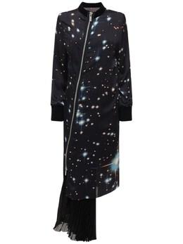 Платье Из Атласа С Принтом Sacai 72IXTK023-MDMwIEJMQUNLL0JMVUU1