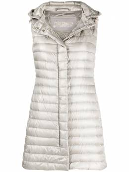 Herno quilted hooded gilet PI0602D12017