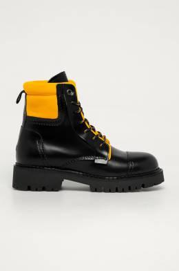 Tommy Jeans - Кожаные полусапоги 8720111920579