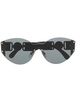 Versace Eyewear солнцезащитные очки в безободковой оправе 'кошачий глаз' 0VE2224GB187