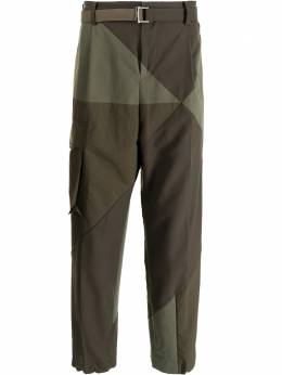 Sacai panelled straight cargo trousers 2102449M