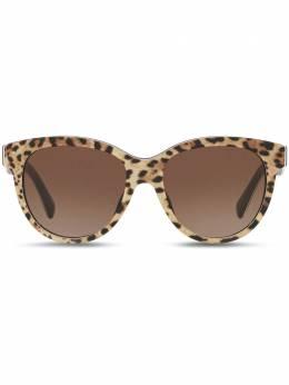 Dolce&Gabbana Eyewear солнцезащитные очки в оправе 'кошачий глаз' VG4176VP313