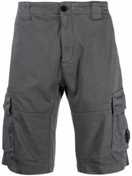 C.P. Company cargo knee-length shorts 10CMBE277A005694G