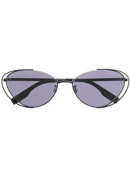 Alexander McQueen Eyewear солнцезащитные очки в круглой оправе 30010770001