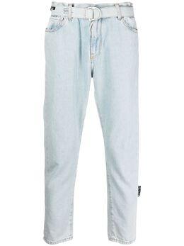 Off-White укороченные джинсы с поясом OMYA005S21DEN0024010
