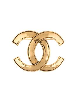 Chanel Pre-Owned брошь 1994-го года с логотипом CC B94P