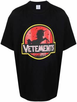 Vetements unicorn logo-printed T-shirt UA52TR320B
