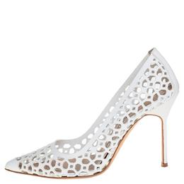 Manolo Blahnik White Laser Cut Leather BB Laserato Pumps Size 35.5 424686